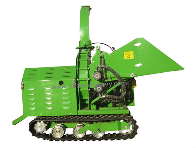Kohler Gasoline Engine Hydraulic Track Chipper